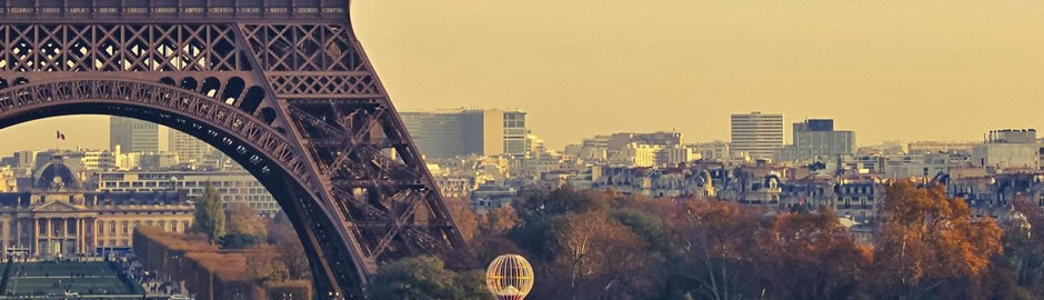 BookTaxiParis delivers high quality premium sevices in Paris